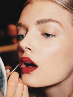 red-lipstick-allure